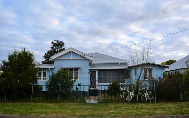 10 King Street, Warwick, QLD, 4370 - Image 1
