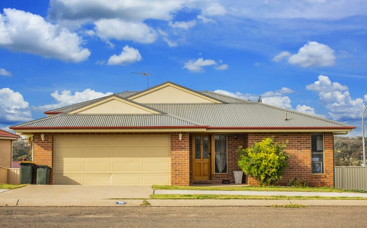 14 Hills Street, Young, NSW, 2594 - Image 1