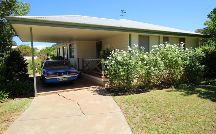 61 Jones St, Kondinin, WA, 6367 - Image 1