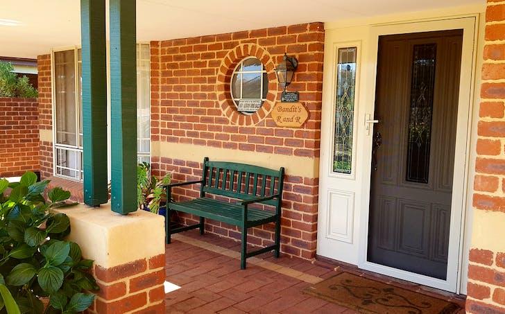 8 Banksia Place, Lake Grace, WA, 6353 - Image 1