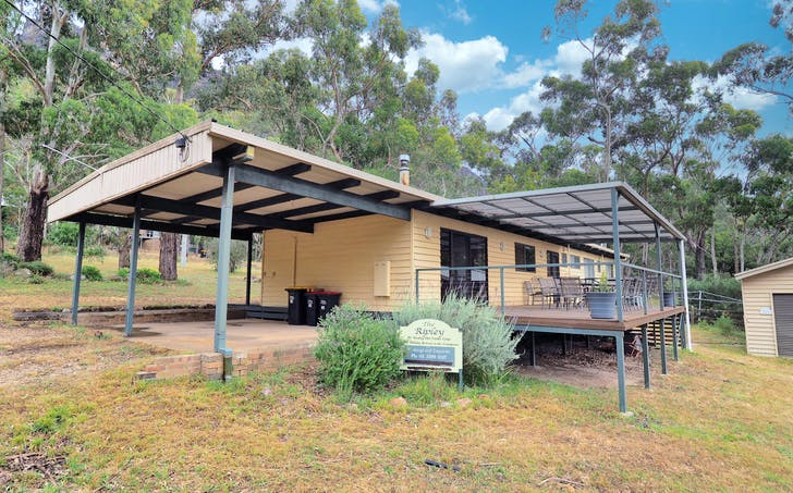 10 Young Road, Halls Gap, VIC, 3381 - Image 1