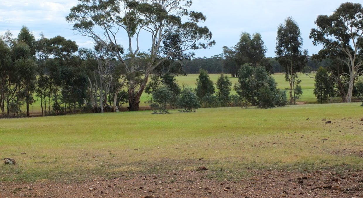 CA's 17 Dunolly-Stuart Mill Rd, Dunolly, VIC, 3472 - Image 2