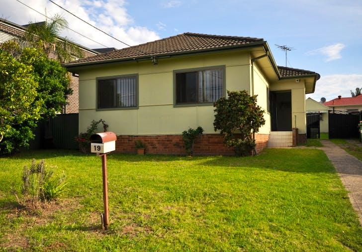 19 Buist St, Bass Hill, NSW, 2197