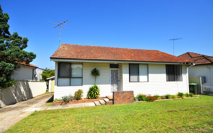 34 Chamberlain Road, Padstow, NSW, 2211 - Image 1