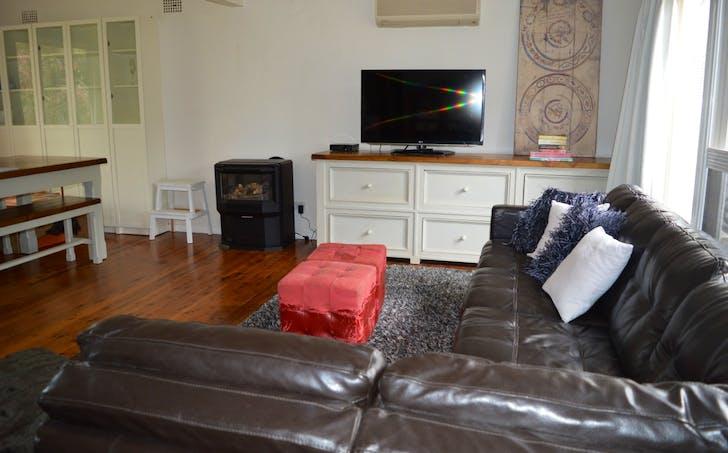 17 Rosehill Street, West Bathurst, NSW, 2795 - Image 1
