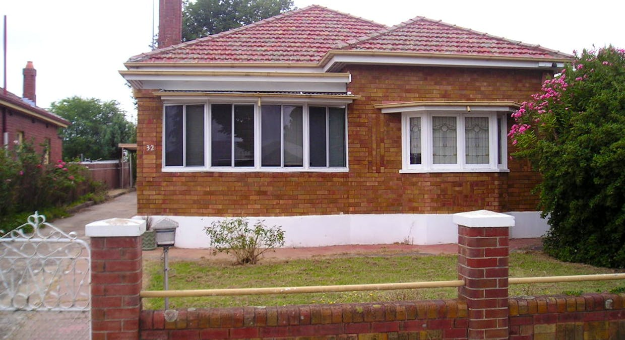32 George Street, Bathurst, NSW, 2795 - Image 1