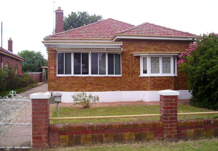 32 George Street, Bathurst, NSW, 2795