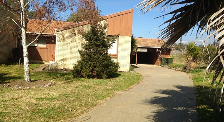 12 Ross Place, Bathurst, NSW, 2795 - Image 1