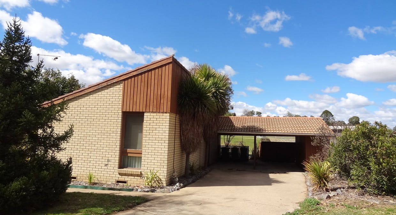12 Ross Place, Bathurst, NSW, 2795 - Image 2