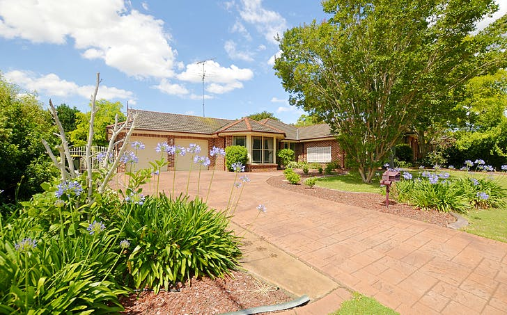 10 Armytage Place, Glen Alpine, NSW, 2560 - Image 1