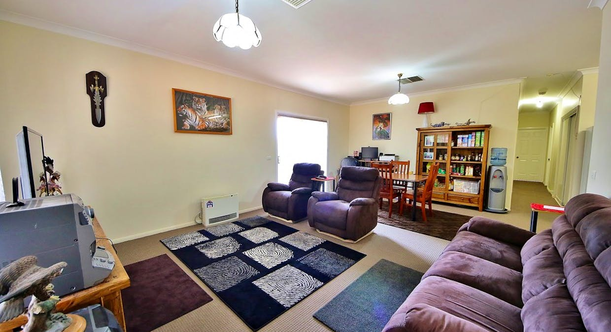 6a Ellis Park Close, Dubbo, NSW, 2830 - Image 2