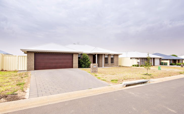 7 Lacey Avenue, Dubbo, NSW, 2830 - Image 1