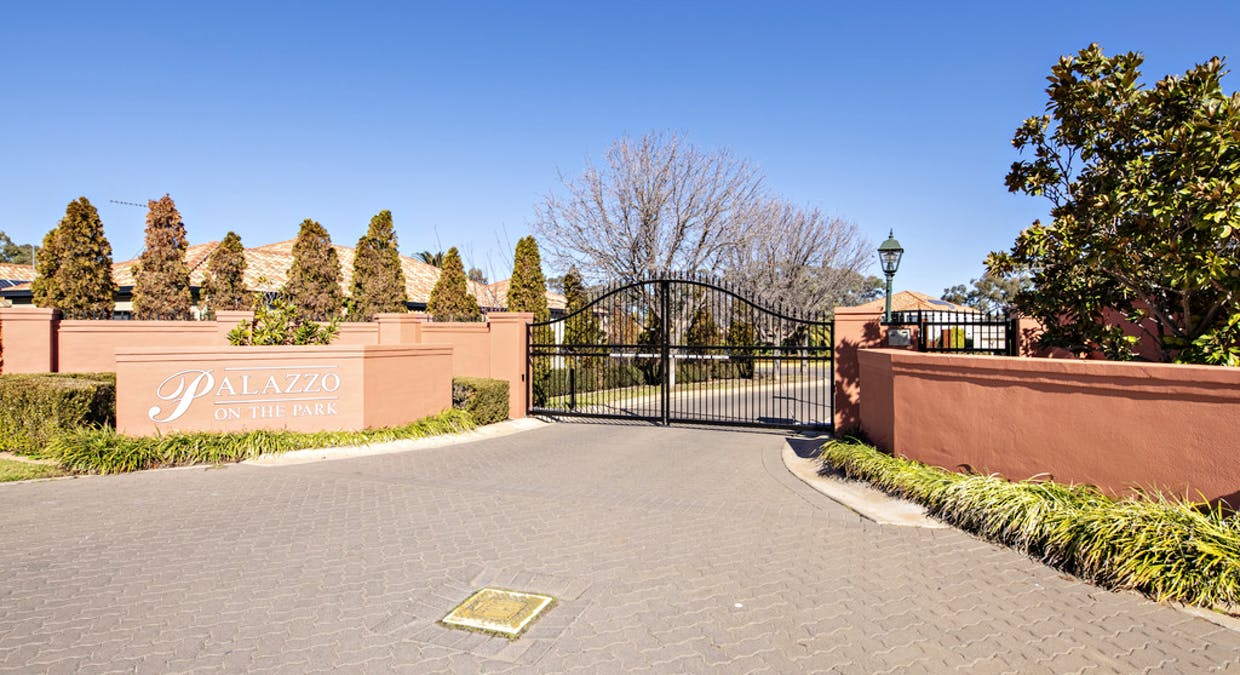 2/3 Royal Pines Close, Dubbo, NSW, 2830 - Image 2
