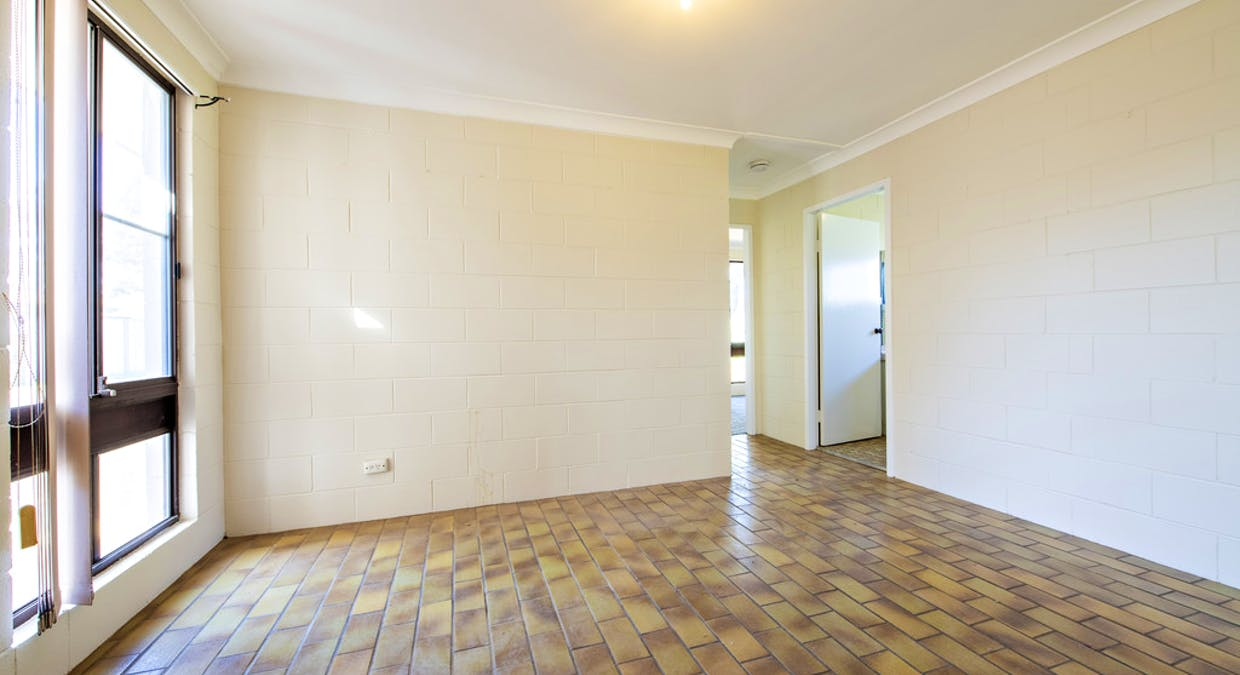9(a) and (b) Newcombe Court, Dubbo, NSW, 2830 - Image 16