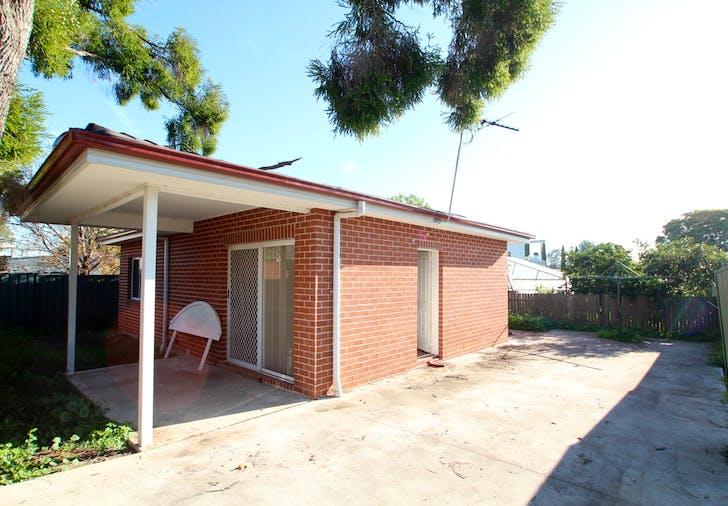 5A Sullivan Avenue, Lurnea, NSW, 2170