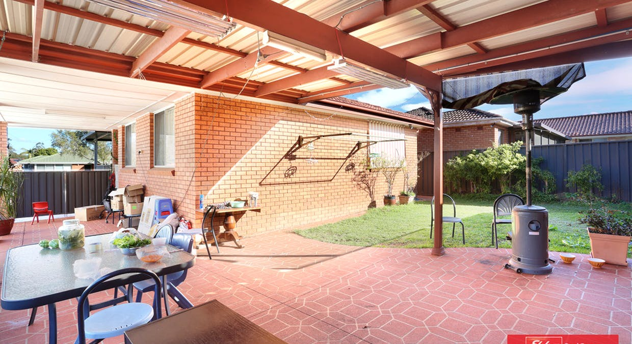 11 Como Place, St Johns Park, NSW, 2176 - Image 6