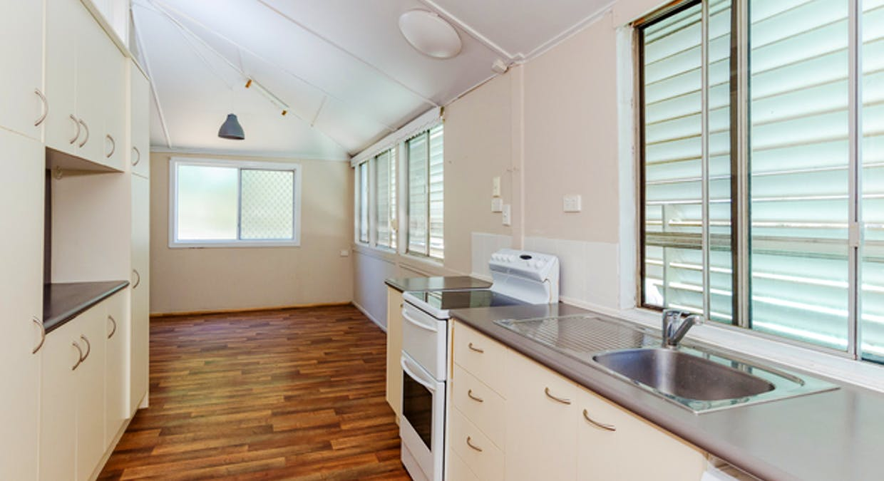 5 Eden Street, South Gladstone, QLD, 4680 - Image 7