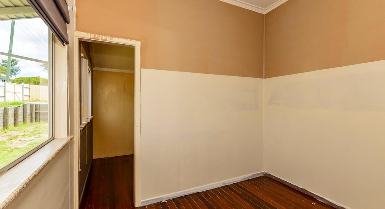 21 Mylne Street, West Gladstone, QLD, 4680 - Image 8