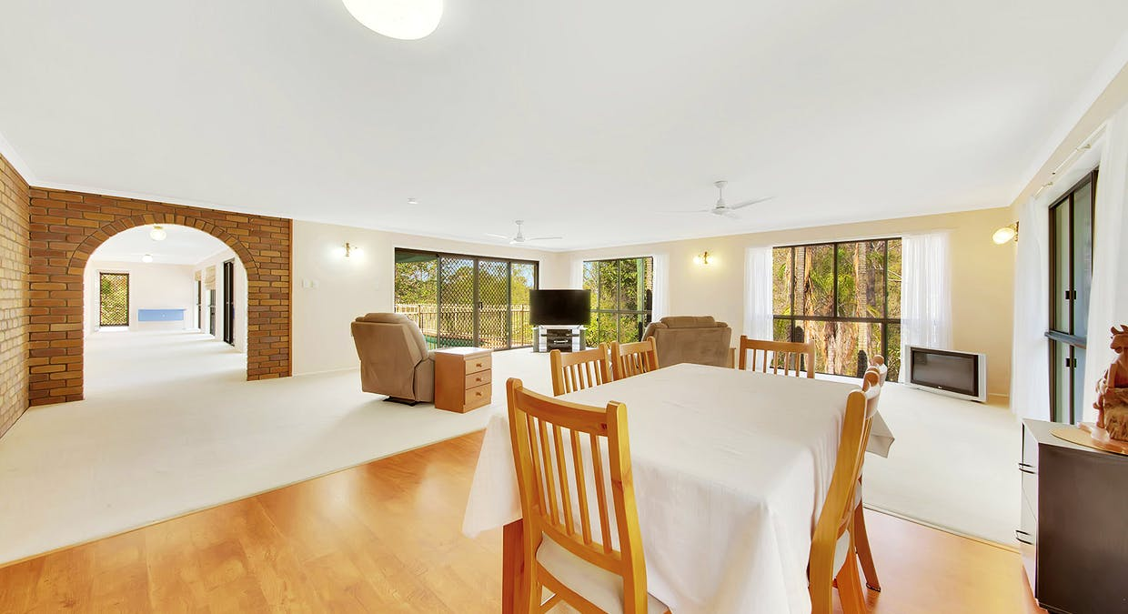 49 Helen Crescent, Wurdong Heights, QLD, 4680 - Image 7