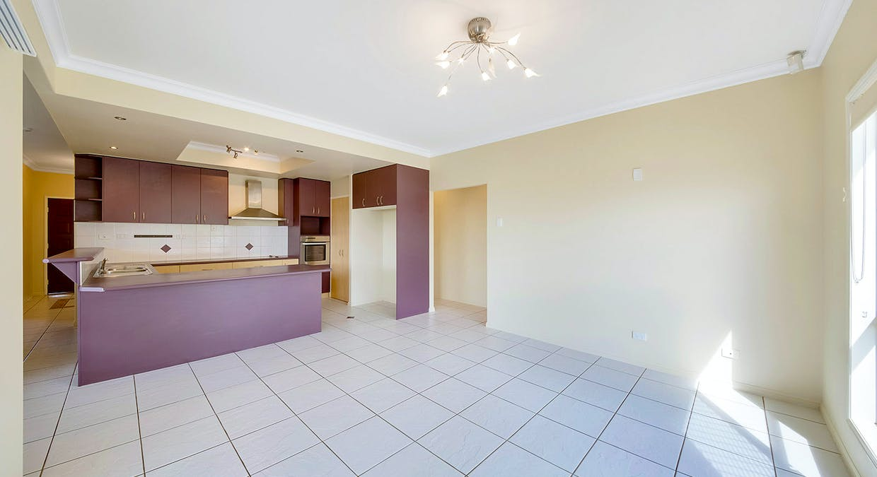 18 Dorinda Close, Clinton, QLD, 4680 - Image 5