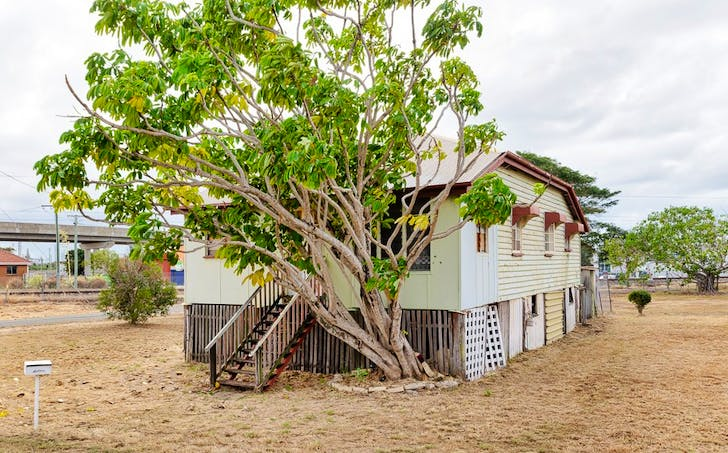 112 Auckland Street, Gladstone Central, QLD, 4680 - Image 1