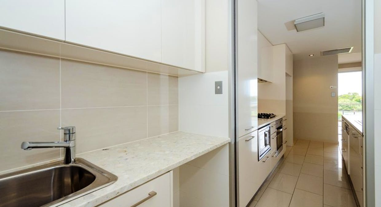 202/35 Lord Street, Gladstone Central, QLD, 4680 - Image 6