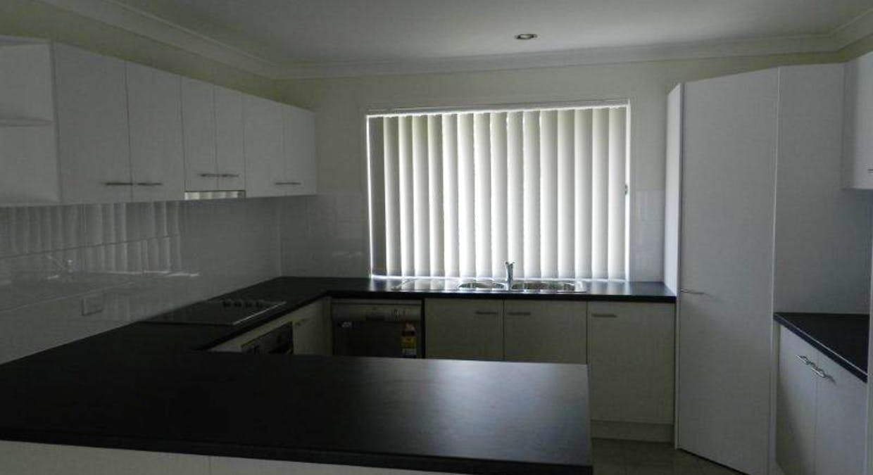 1 Springbrook Tce, New Auckland, QLD, 4680 - Image 5