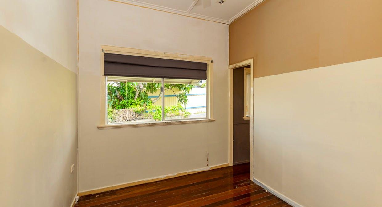 21 Mylne Street, West Gladstone, QLD, 4680 - Image 6