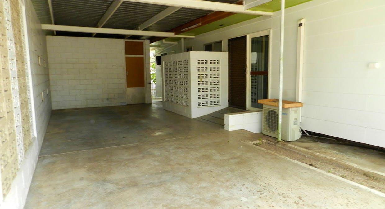 21 Wilson Street, New Auckland, QLD, 4680 - Image 6