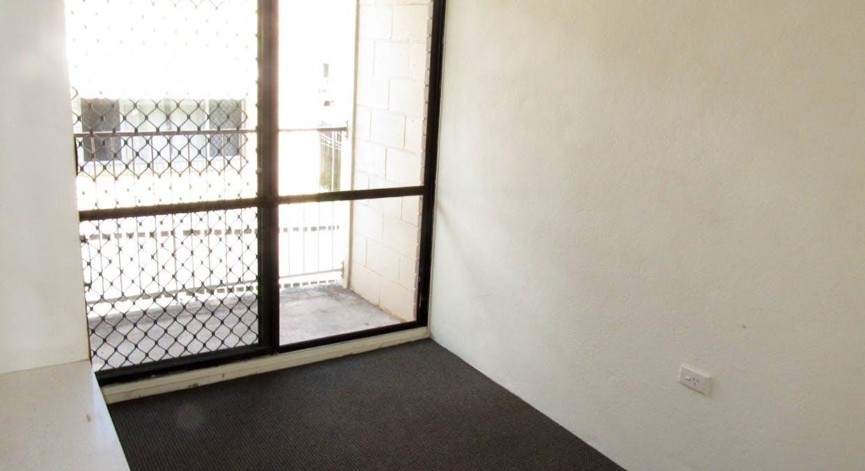 4A-4C/61 Tank Street, West Gladstone, QLD, 4680 - Image 9