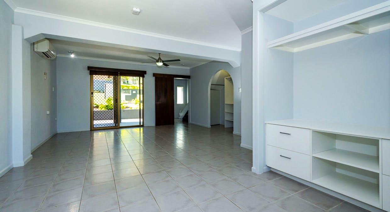 13 Holland St, West Gladstone, QLD, 4680 - Image 18