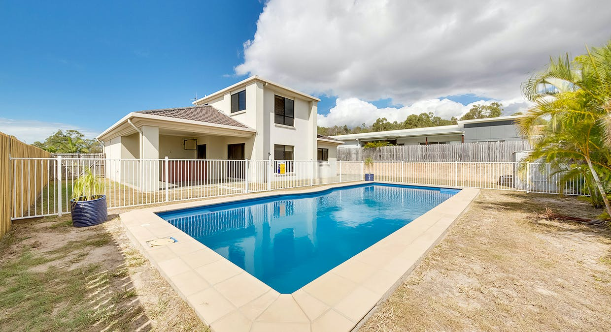 18 Dorinda Close, Clinton, QLD, 4680 - Image 2