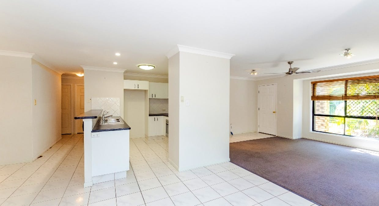 8 Rosemount Place, New Auckland, QLD, 4680 - Image 13