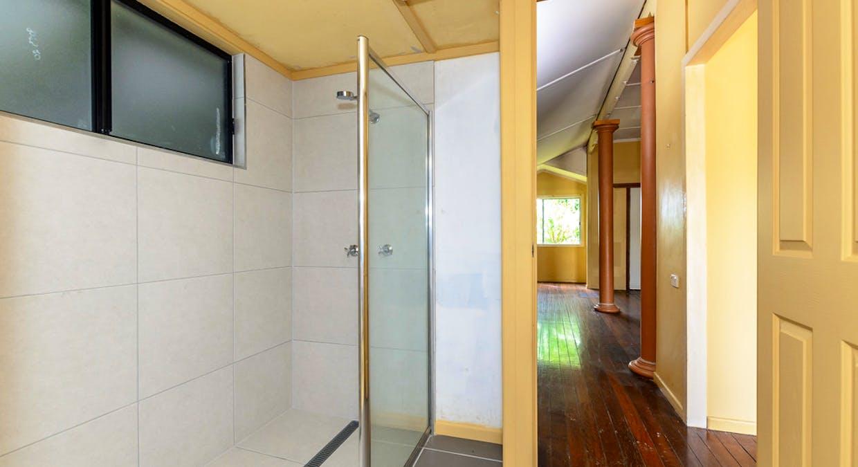 21 Mylne Street, West Gladstone, QLD, 4680 - Image 12