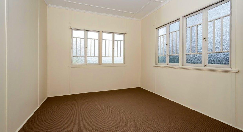 25 Boles Street, West Gladstone, QLD, 4680 - Image 8