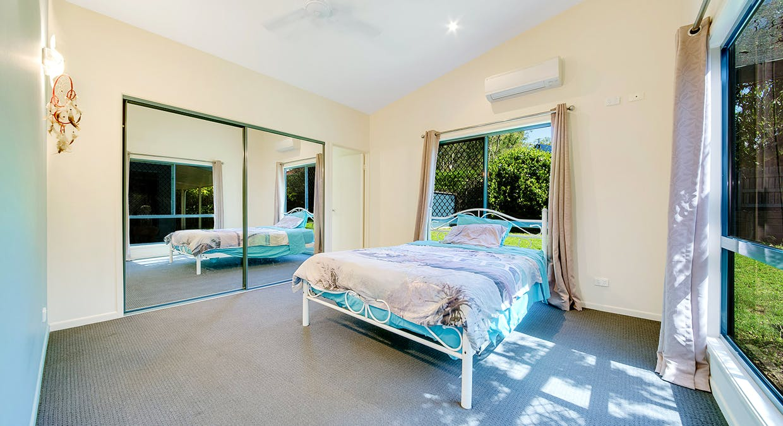 16 Katrina Boulevard, New Auckland, QLD, 4680 - Image 9