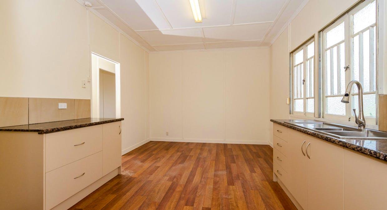 25 Boles Street, West Gladstone, QLD, 4680 - Image 4