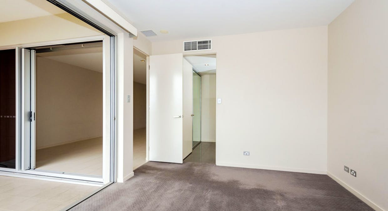 202/35 Lord Street, Gladstone Central, QLD, 4680 - Image 11