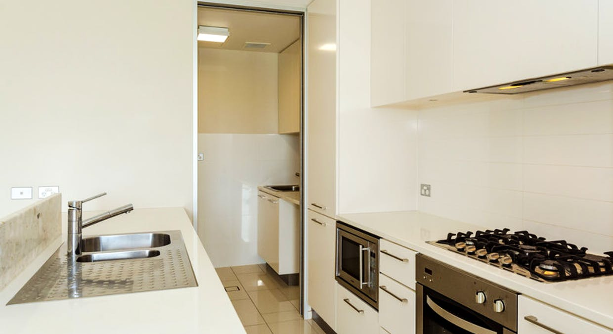 202/35 Lord Street, Gladstone Central, QLD, 4680 - Image 5