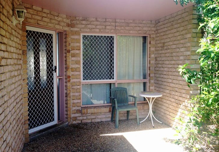 2/6 View Street, West Gladstone, QLD, 4680