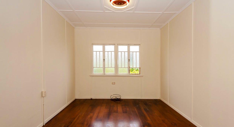 25 Boles Street, West Gladstone, QLD, 4680 - Image 6