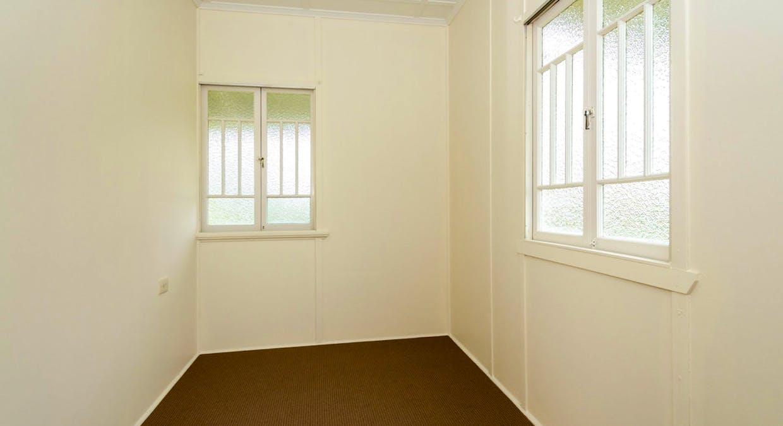 25 Boles Street, West Gladstone, QLD, 4680 - Image 10