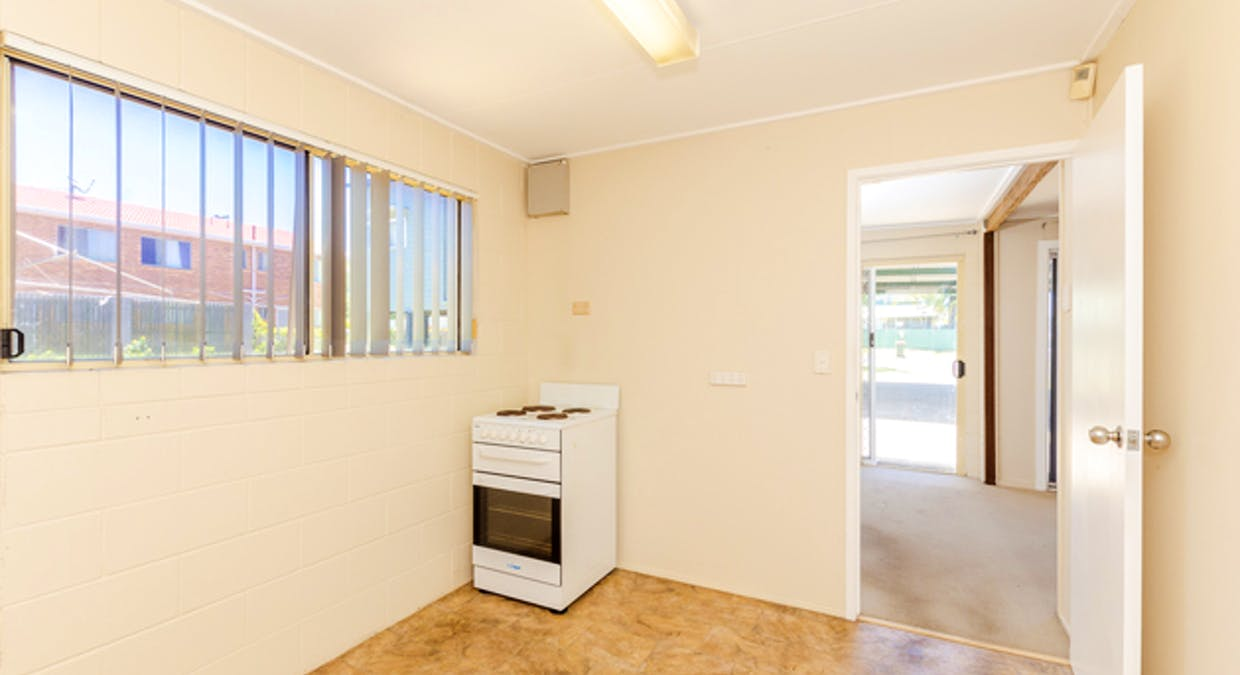 5 Eden Street, South Gladstone, QLD, 4680 - Image 25