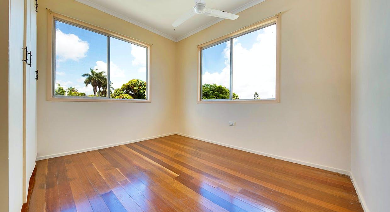 18 Schafer Street, Clinton, QLD, 4680 - Image 8