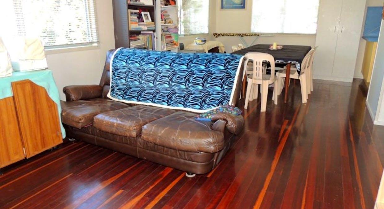 8 Marlin Street, Toolooa, QLD, 4680 - Image 5