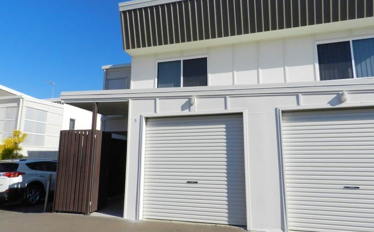 5/9 Cockatoo Drive, New Auckland, QLD, 4680 - Image 1