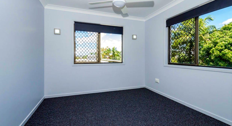 13 Holland St, West Gladstone, QLD, 4680 - Image 13