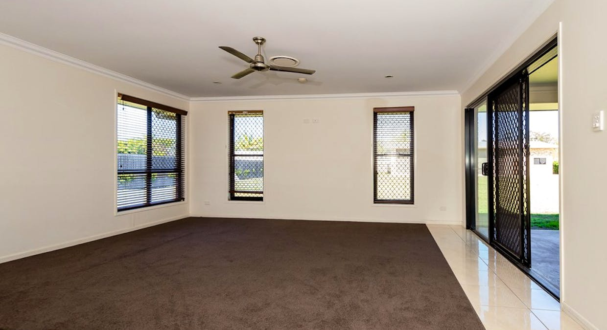 26 Parksville Drive, New Auckland, QLD, 4680 - Image 14