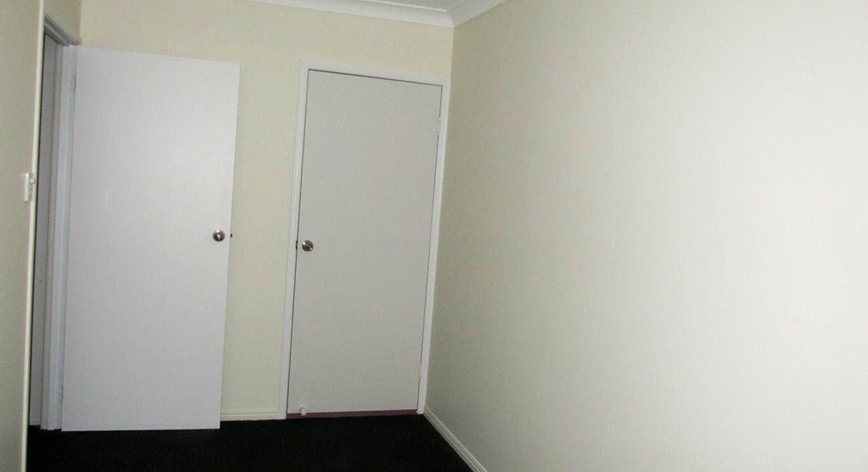 8 Rosemount Place, New Auckland, QLD, 4680 - Image 10