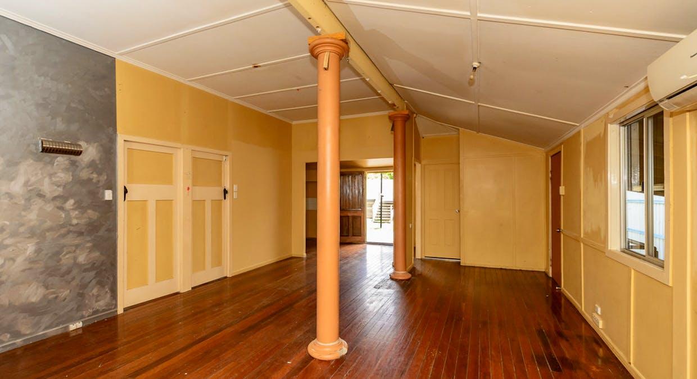 21 Mylne Street, West Gladstone, QLD, 4680 - Image 5
